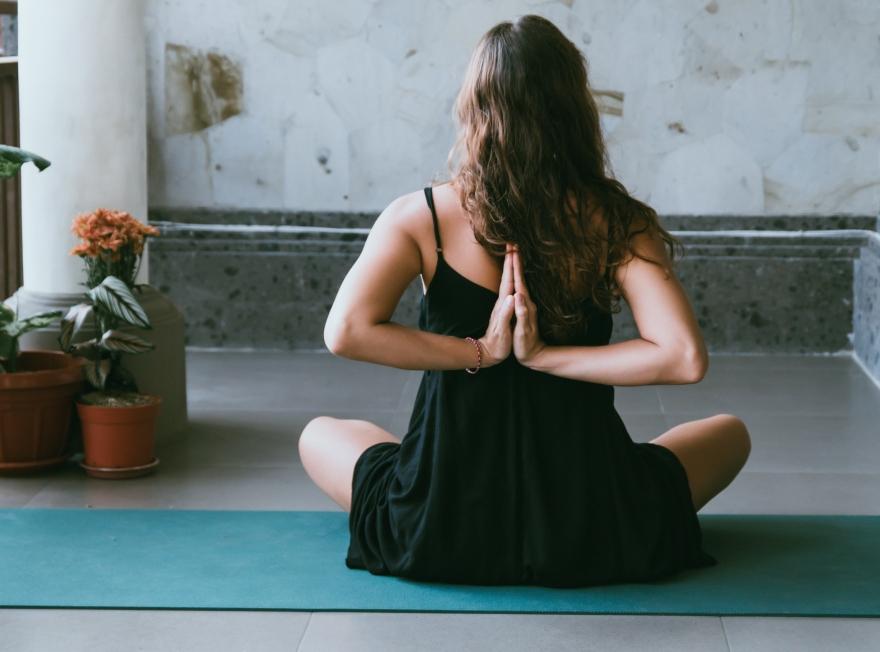 bien-être, yoga, pilates, gym, douce, stretching, sport, fitness, femme enceinte, grossesse, maternité, enfant, bébé